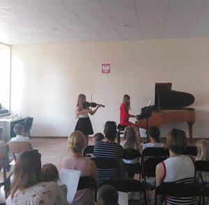 , Występy klasy fortepianu, skrzypiec oraz uczniów klasy zerowej